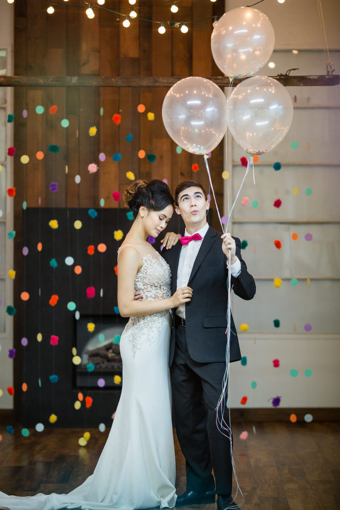 bride and groom and balloons in Vancouver DIY wedding show